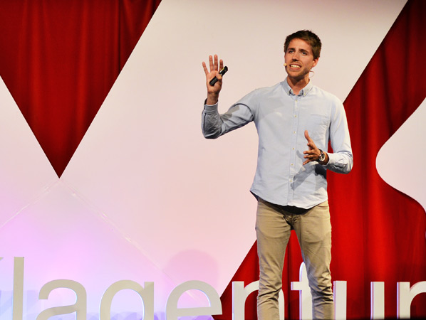 TEDxKlagenfurt 2017 - Look Again - Baptiste Greve
